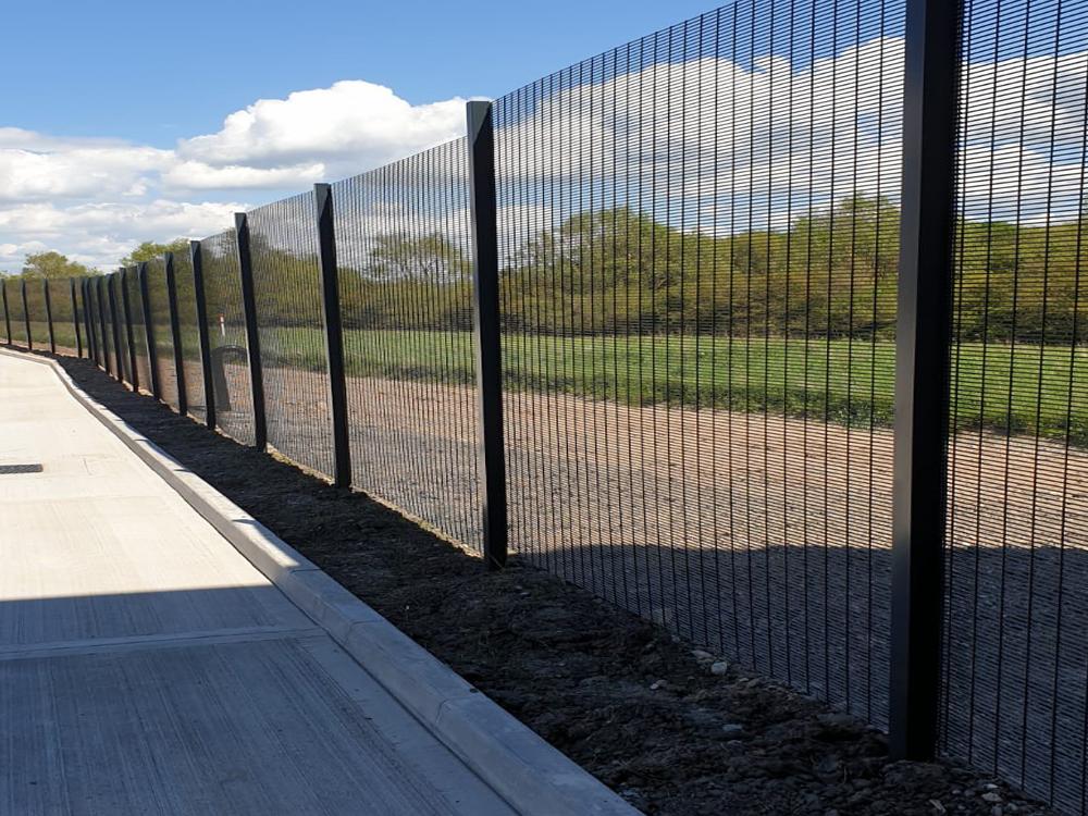 Ultimate 358 flat panel prison mesh fencing panels